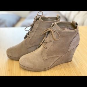 Dolce Vita Suede Wedge Ankle booties